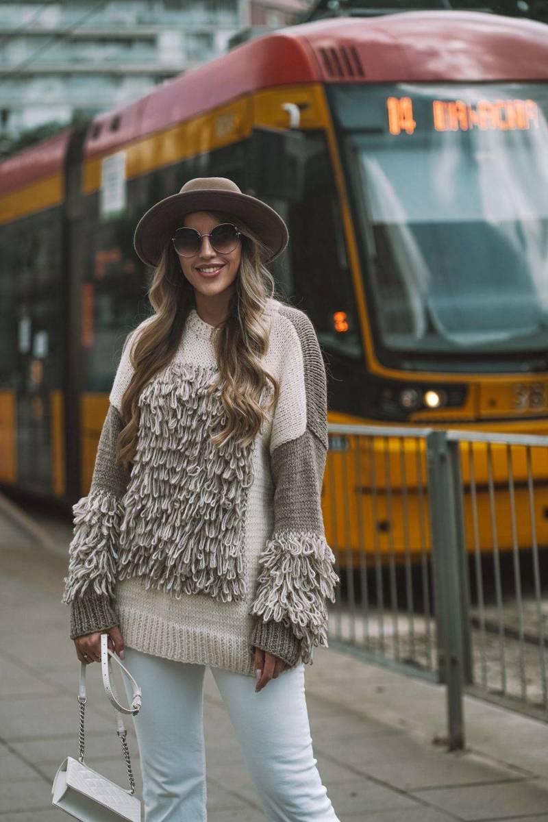 Sweater FRINGE MADNESS